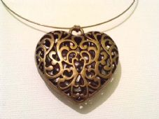 Chunky bronze filigree heart necklace